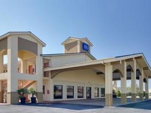 Baymont Inn and Suites Terrell