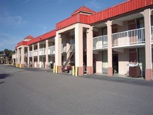 Palms Inn and Suites