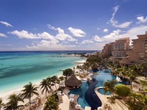 Fiesta Americana Grand Coral Beach Cancun Resort & Spa