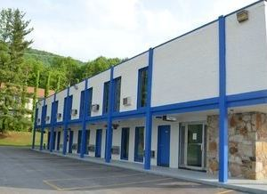 Economy Inn Bluefield