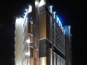 Laguna Premium Hotel