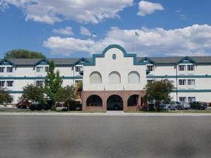 카슨 시티 플라자 호텔 & 이벤트 센터(Carson City Plaza Hotel)