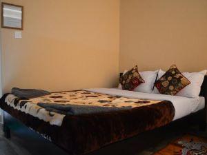 호텔 바티카 (Hotel Batika)
