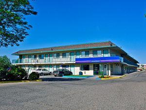 Motel 6 Pueblo I-25
