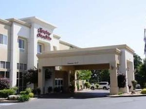 Hampton Inn and Suites Red Bluff, CA