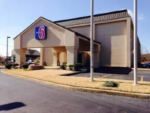 Motel 6 - Jacksonville, AR