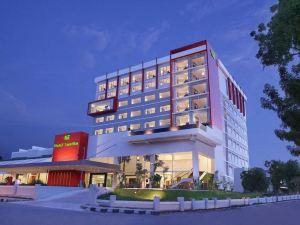 호텔 산티카 팔루(Hotel Santika Palu)