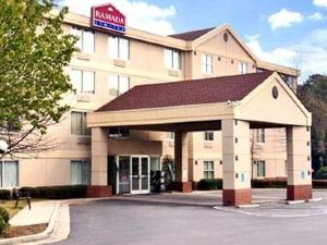 라마다 리미티드 포레스트 파크(Ramada Limited & Suites - Airport East/Forest Park)