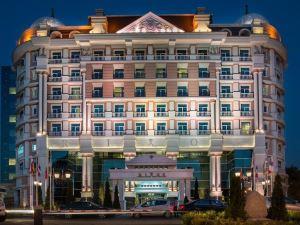 리소스 알마티 호텔 (Rixos Almaty Hotel)