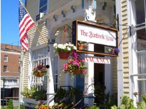 Burbankrose Inn Bed & Breakfast