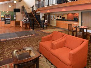 아메릭인 로지 & 스위트 퍼거스 폴스 - 컨퍼런스 센터(AmericInn Lodge & Suites Fergus Falls - Conference Center)