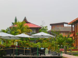 Toba Village Inn