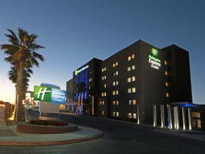홀리데이 인 익스프레스 & 스위트 에르모시요(Holiday Inn Express Hotel & Suites Hermosillo)