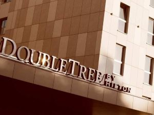 더블트리 바이 힐튼 크라코브 (DoubleTree by Hilton Krakow Hotel & Convention Center)