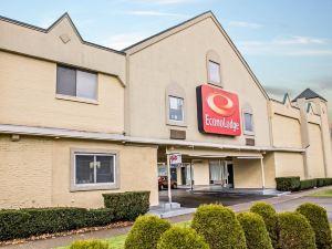 이코노 로지 코틀랜드 (Econo Lodge Cortland)