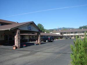 클라마스 모터 로지(Klamath Motor Lodge)