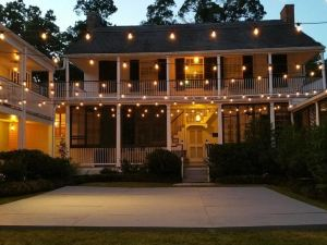 Linden - A Historic Antebellum Bed and Breakfast