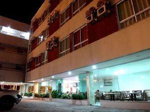 Simas Praia Hotel
