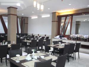 Grand Hotel Sampit