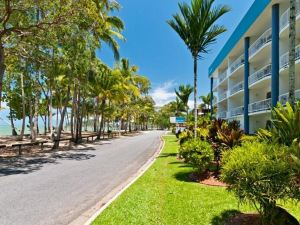 Agincourt Beachfront Apartments
