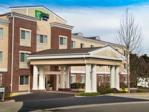 Holiday Inn Express Hotel & Suites Southern Pines Pinehurst Area