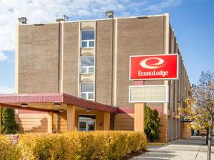 이코노 로지 (Econo Lodge Sheboygan)