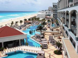Hyatt Zilara Cancun Hotel