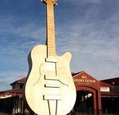 골든 기타 모터 인(Golden Guitar Motor Inn)
