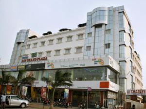 Hotel DSF Grand Plaza