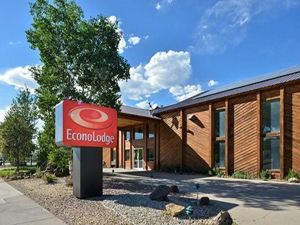 Econo Lodge Hotel Limon