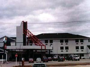신밧드 호텔 & 스위트(Sinbads Hotel & Suites)