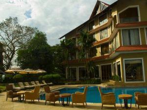 더 크라운 고아 호텔 (The Crown Goa Hotel)