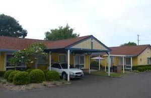 Forster Holiday Village