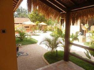 Laguna Gili Beach Resort Lombok