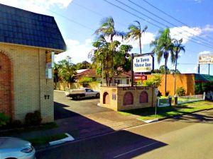 인 타운 모터 인 (In Town Motor Inn)