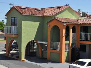 Big A Motel Orange