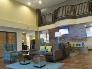 베스트 웨스턴 플러스 해리스버그 이스트 인 & 스위트(Best Western Plus Harrisburg East Inn & Suites)