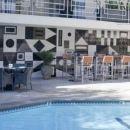 圣莫尼卡奥希阿纳酒店(Oceana Beach Club Hotel)