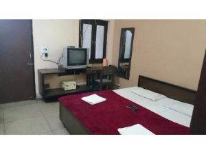 Vista Rooms near Allahbad Junction