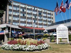 컨페데레이션 플레이스 호텔 (Confederation Place Hotel)