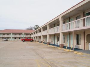 Red Carpet Inn - Natchez