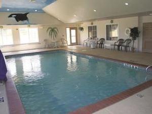 라킨타 인 앤드 스위트 콘로(La Quinta Inn & Suites Conroe)
