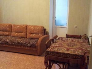 Apartments Savushkina 46