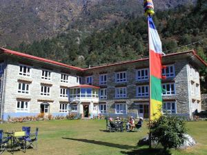 Everest Summit Lodge - Lukla