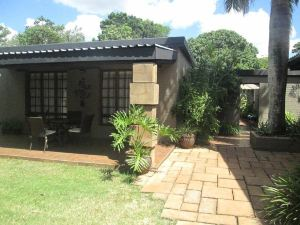Ama Zulu Guesthouse and Safaris