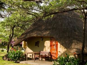 Gondwana Hakusembe River Lodge