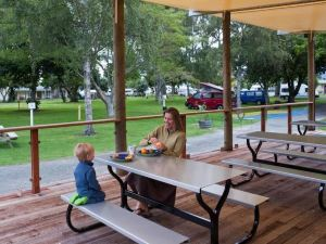 Motueka Top 10 Holiday Park Hotel
