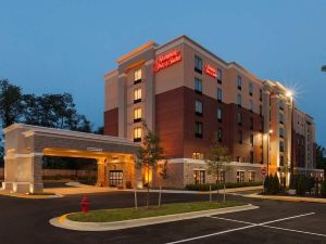 Hampton Inn and Suites Camp Springs/Andrews AFB, MD