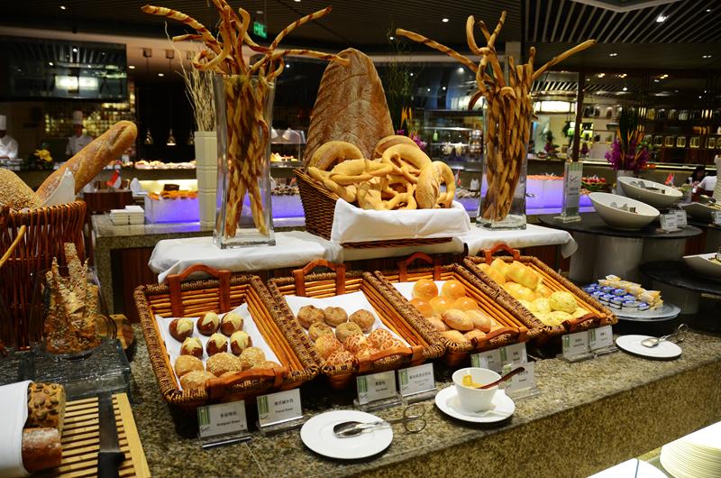 惠州凯宾斯基酒店1晚 双人豪华自助早餐 双人海鲜自助