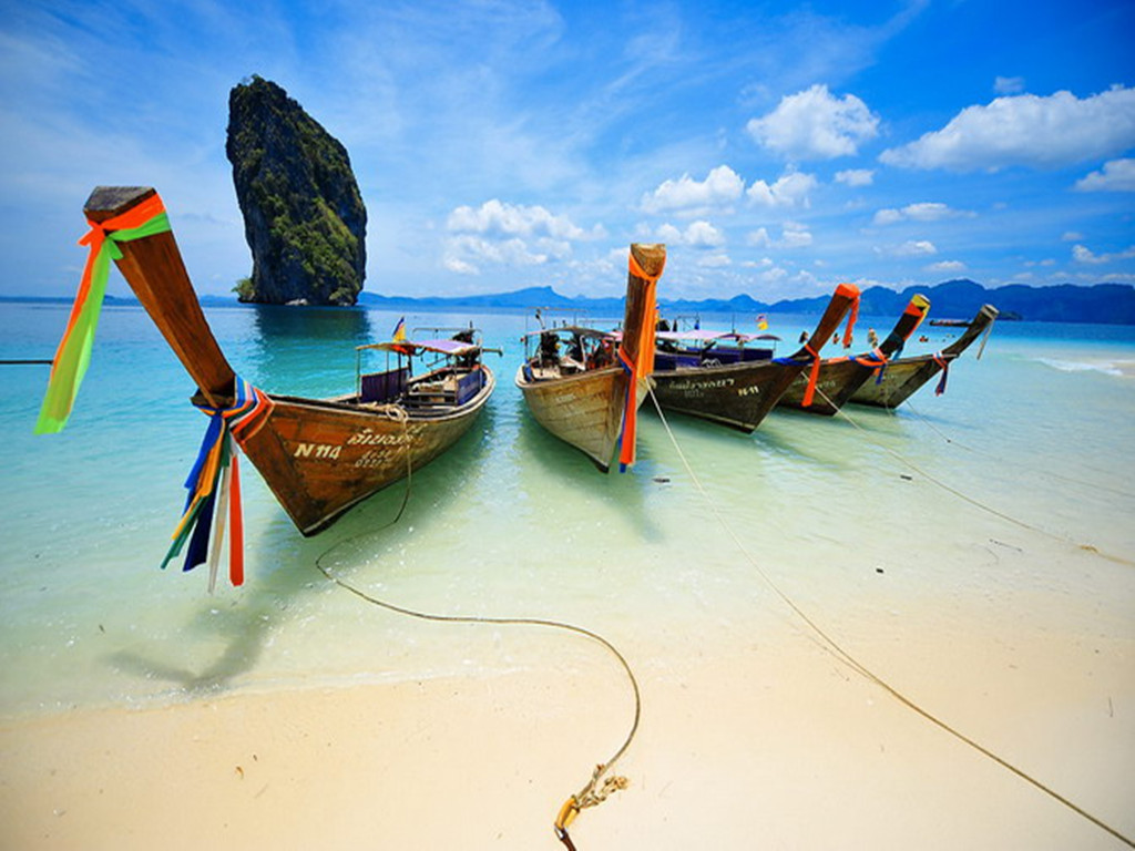 泰国普吉岛6日4晚跟团游(4钻)·全程无自费 升级一晚泳池别墅 2人起订
